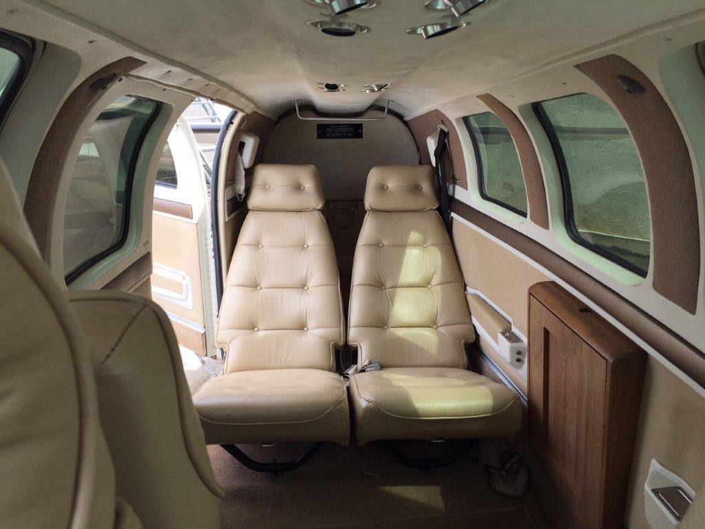 HAWKER BEECHCRAFT BARON 58 – 1998   Compre Aviões Compra e